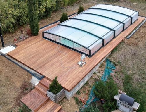Terrasse en bois Cumaru autour d'une piscine à Berg-sur-Moselle