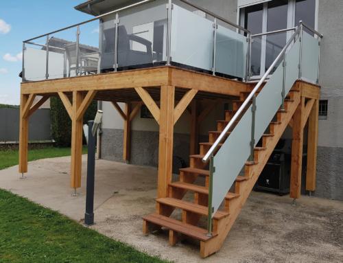 Terrasse sur Pilotis en bois Cumaru à Montois-là-Montagne
